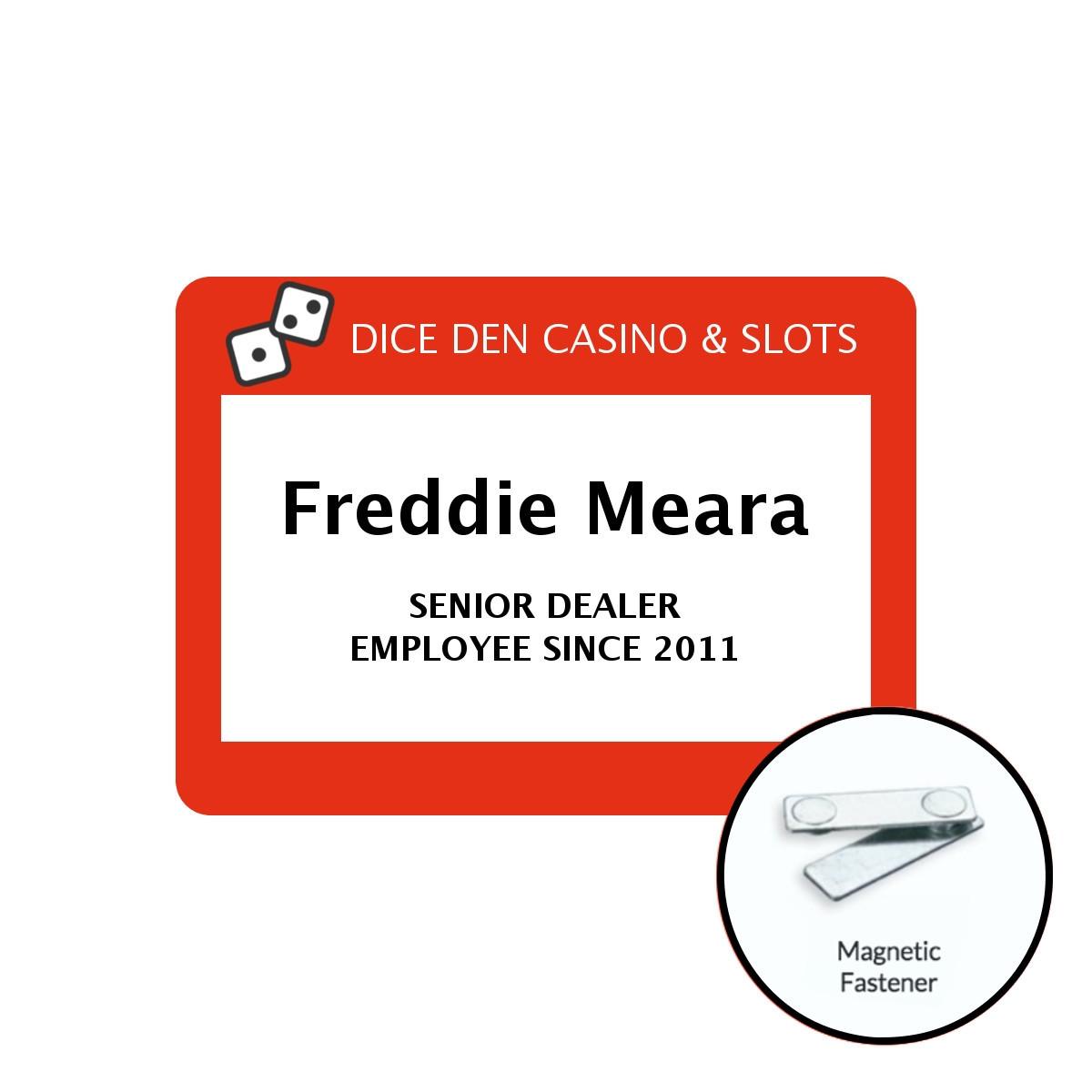 Multiline Mega Selfit Badge with Magnet